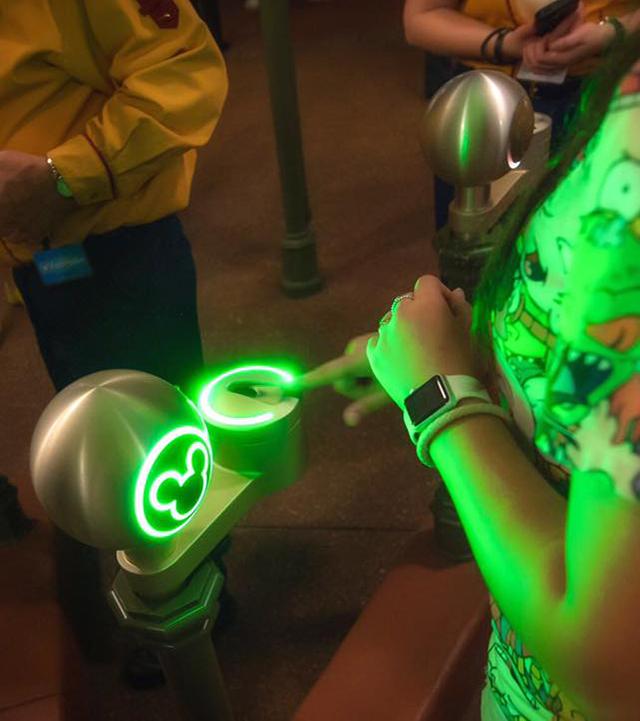 My Disney Experience ticket reader