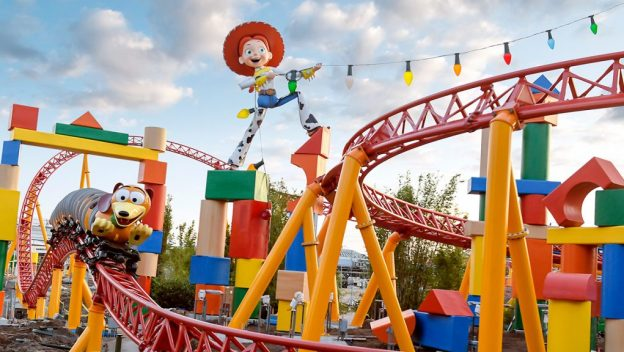 Slinky Dog and Jesse at Slinky Dog Dash