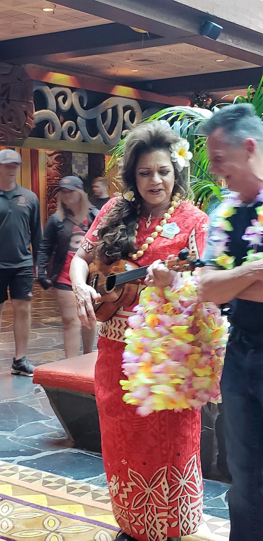 ukulele player at polynesian resort, walt disney world