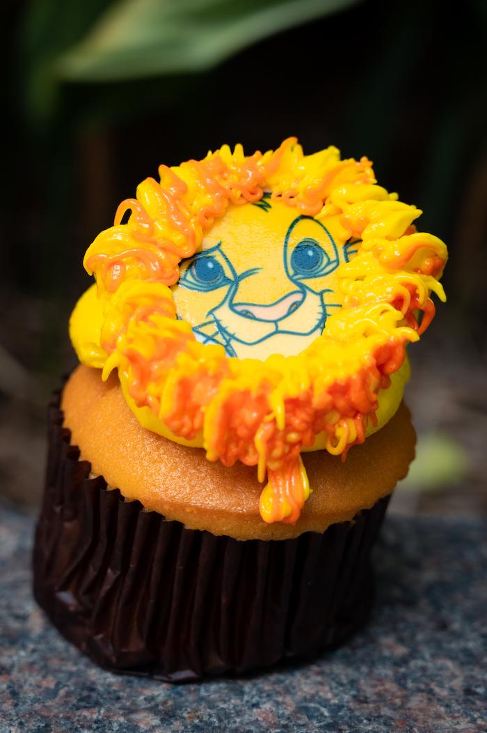 Simba Cupcake