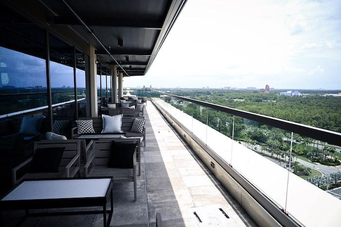 Dahlia Lounge Patio