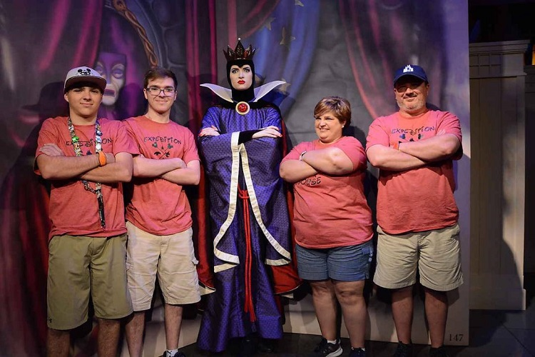 Family with Evil Queen at Disney World