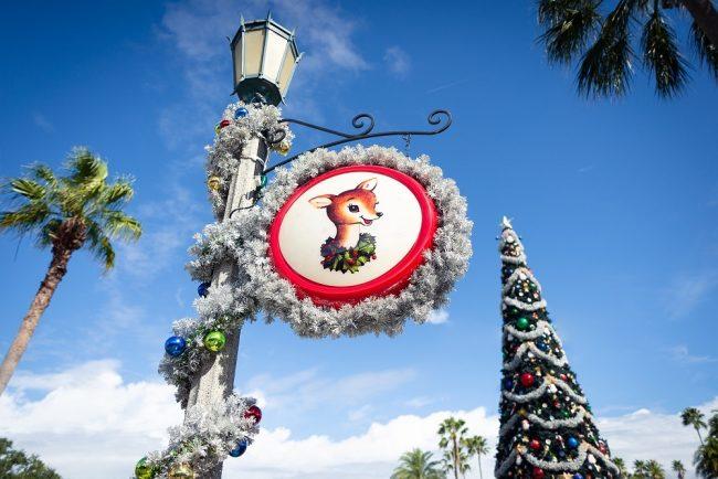 Hollywood Studios Christmas Decorations Courtney Reynolds