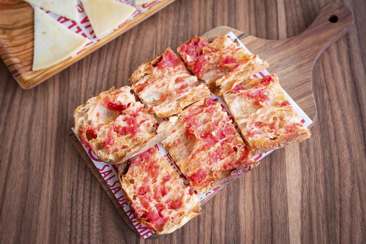 Jaleo Disney Springs tomato bread