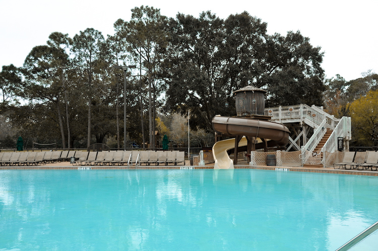 fort wilderness pool - what does disney world look like