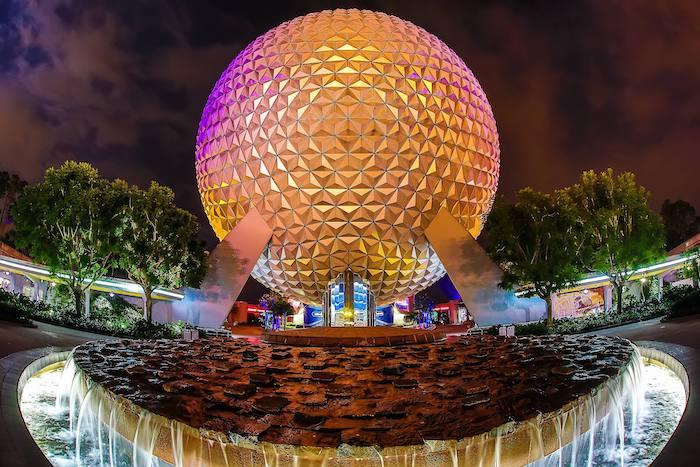Spaceship Earth Future World