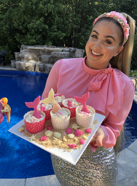 Little Mermaid Party Cupcakes and pool