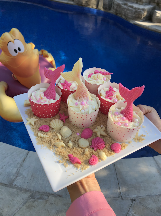 Little mermaid cupcakes party