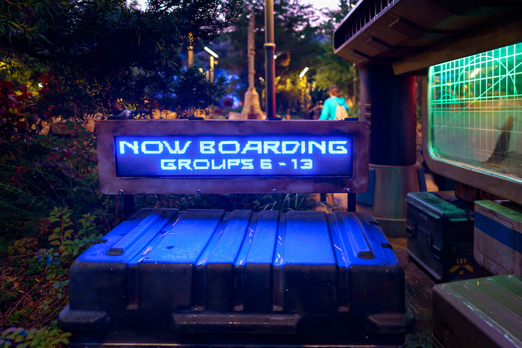 Now Boarding Group Sign for Rise of the Resistance Virtual Queue