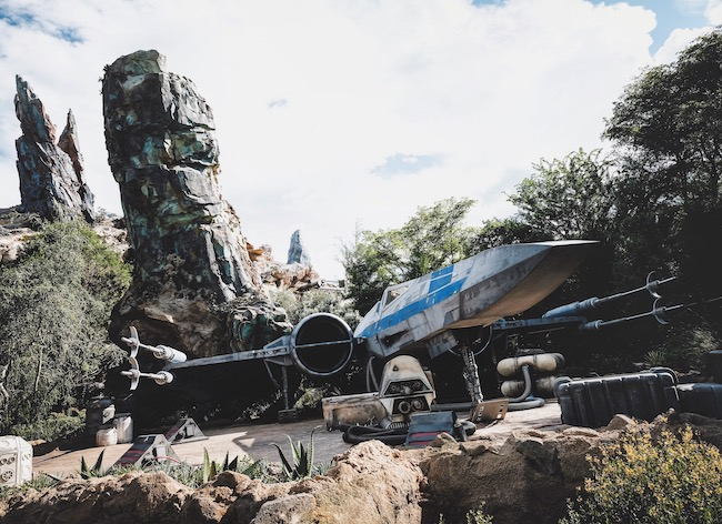 x-wing from galaxy's edge