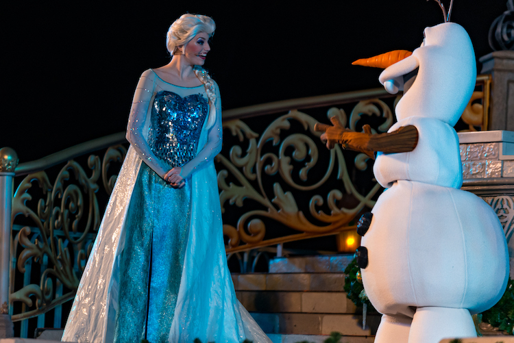 frozen holiday wish olaf and elsa