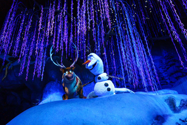 olaf and seven in Frozen ever after