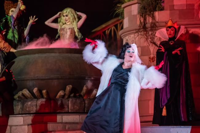 hocus pocus villain spelltacular cruella de vil