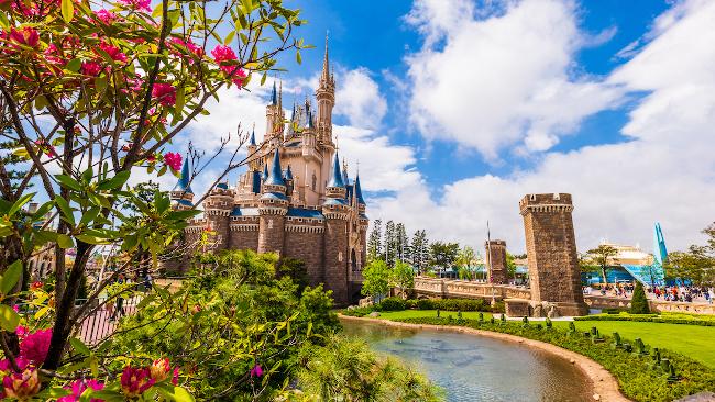 How-Many-Disney-Parks-Tokyo-Castle-DPB