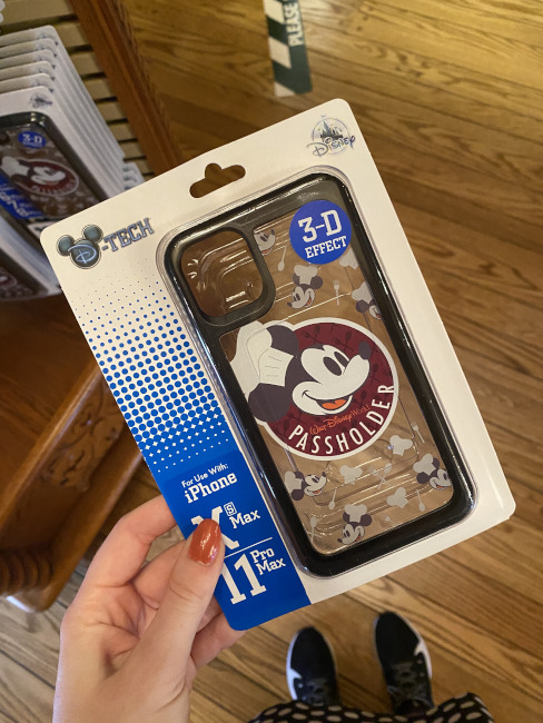 Passholder-pop-up-Exclusive-mickey-case-bryce