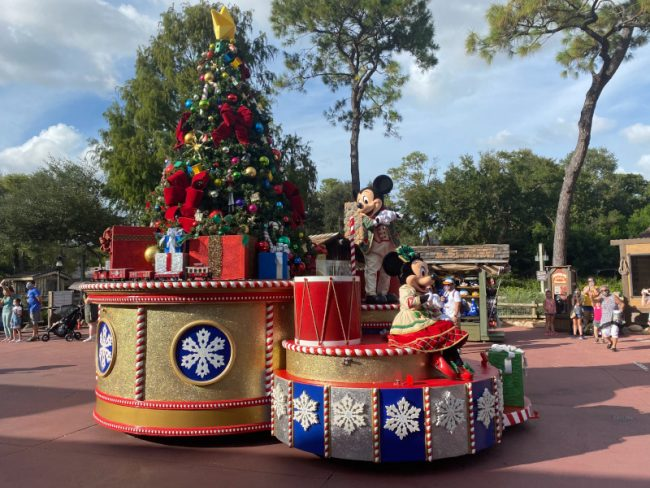 Mickey's Very Merry Christmas Party Canceled- Cavalcade