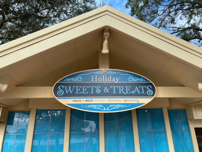 Review: Holiday Sweets & Treats Booth 2020