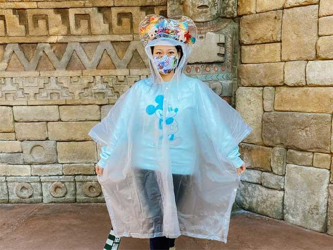 Ponchear-Reusable-Poncho Disney World Chiu