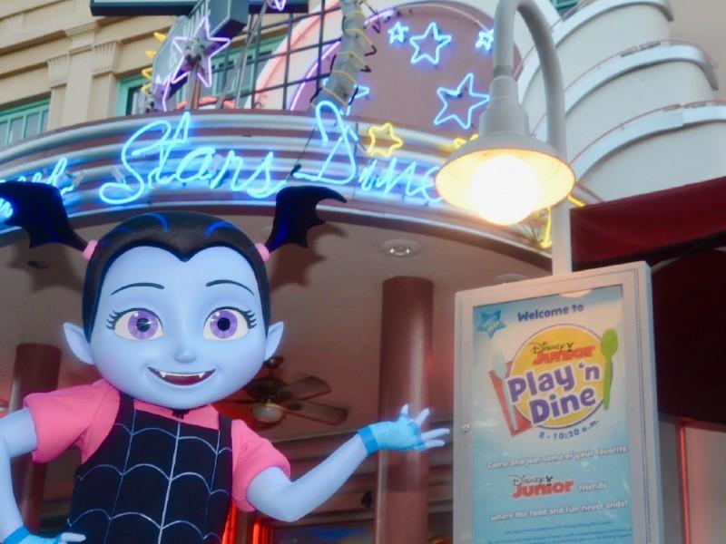 vampirina at disney junior play n' dine character breakfast in hollywood studios