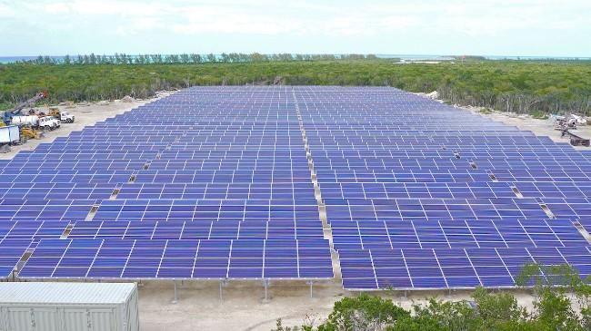 castaway cay solar facility