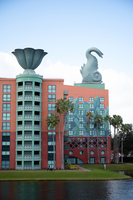 A huge dolphin statue visible on one of the side of the Swan resort at Walt Disney World