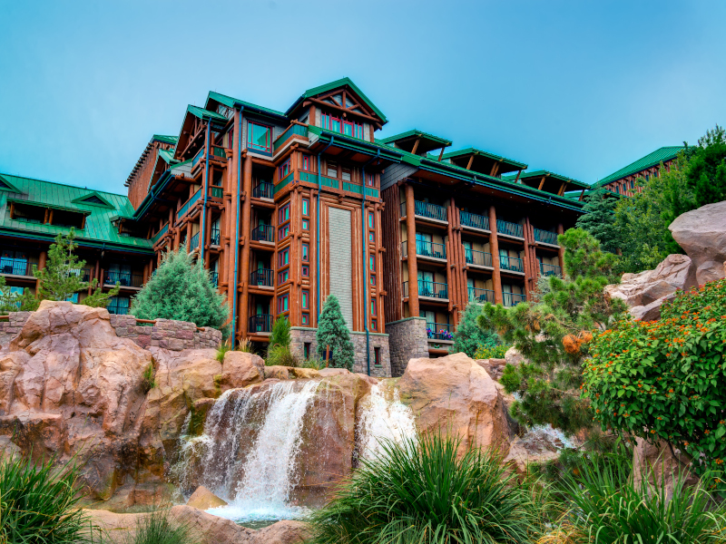 The front exterior of Disney's Wilderness Lodge Resort