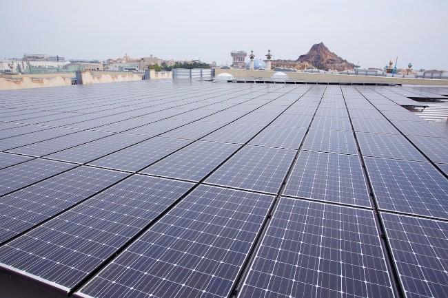 solar panels at tokyo disney
