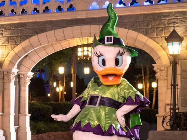 After Hours Boo Bash Magic Kingdom Halloween Event Daisy Witch Disney Parks Blog