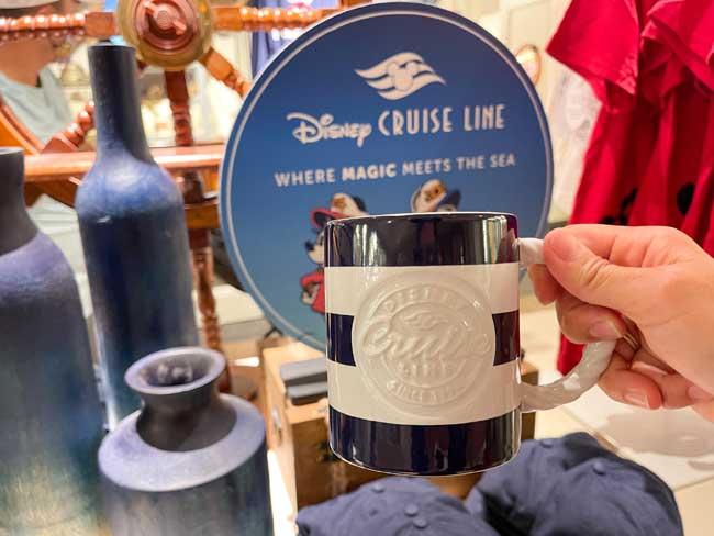 Disney Cruise Line Merch Yacht Club Mug Chiu