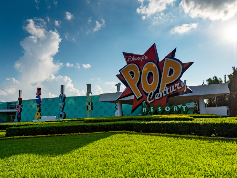 The front entrance of Disney's Pop Century Resort