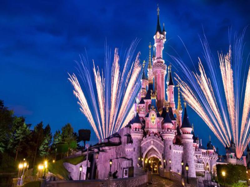 disneyland-paris-castle-featured_disney-parks-blog