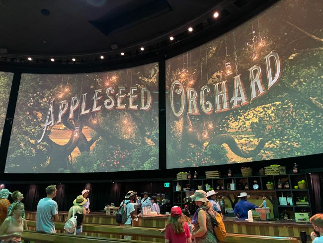 2021-EPCOT-Food-and-Wine-Festival_Appleseed-Orchard-Booth_Tina-Chiu