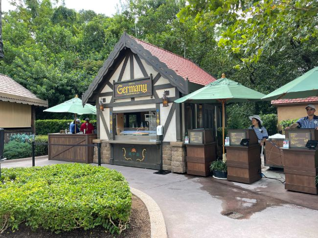 2021-EPCOT-Food-and-Wine-Festival_Germany-Booth_Tina-Chiu