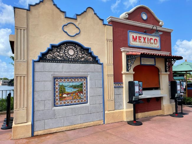2021-EPCOT-Food-and-Wine-Festival_Mexico-Booth_Tina-Chiu