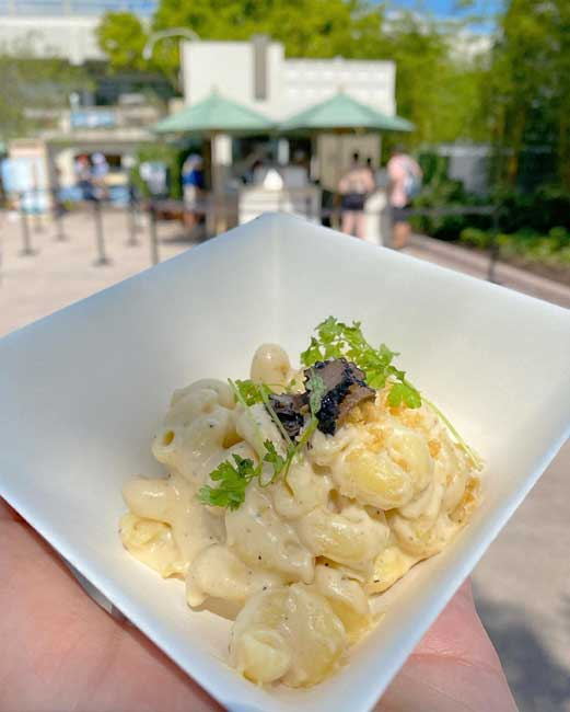 2021-Mac and Eats Truffle Mac and Cheese-EPCOT-Food-and-Wine_McBride
