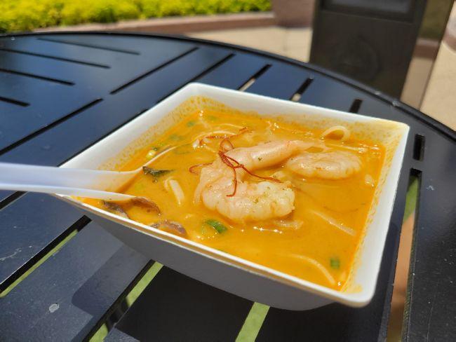 2021_EPCOT_Food-and-Wine-Festival_Noodle-Exchange_Shrimp and Coconut Curry_Tatjana-Lazar