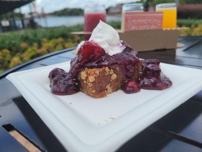 2021_EPCOT_Food-and-Wine-Festival_Shimmering-Sips-Menu_Banana-Bread_Tatjana-Lazar