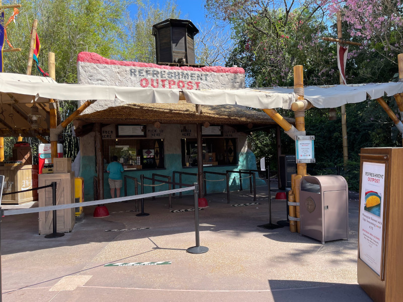 Refreshment Outpost at the 2021 EPCOT Flower and Garden Festival