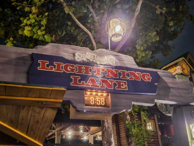 Splash Mountain Lightning Lane_Lazar