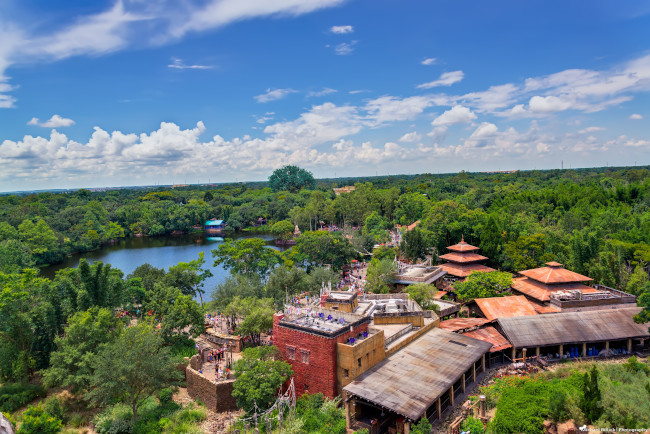asia_what-does-disney-world-look-like_billick