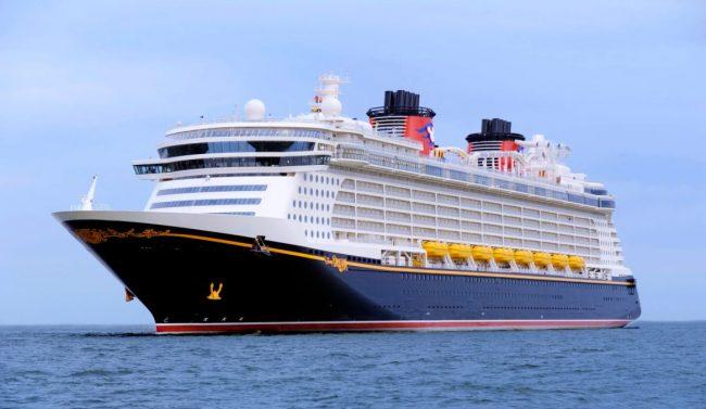 disney-cruise-line-2023-itinerary_disney-dream-exterior_disney
