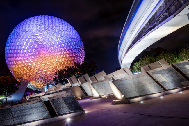 epcot-night_what-does-disney-world-look-like_wang
