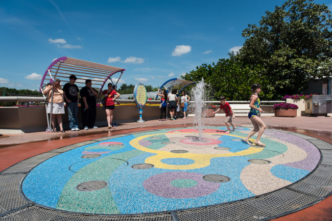 epcot-water-play-pad_what-does-disney-world-look-like_sapp