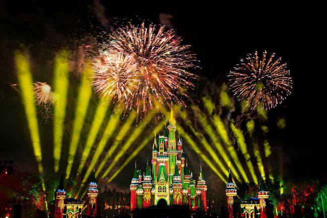 fireworks-disney-very-merriest-after-hours_disney