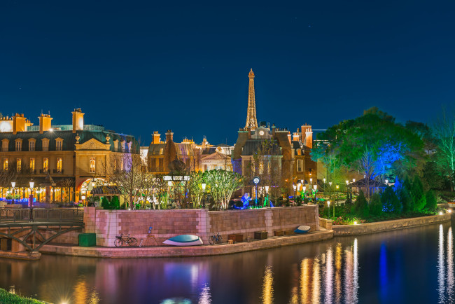 france-pavilion-night_what-does-disney-world-look-like_wang