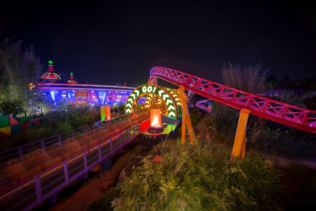 toy-story-land-night_what-does-disney-world-look-like_reynolds