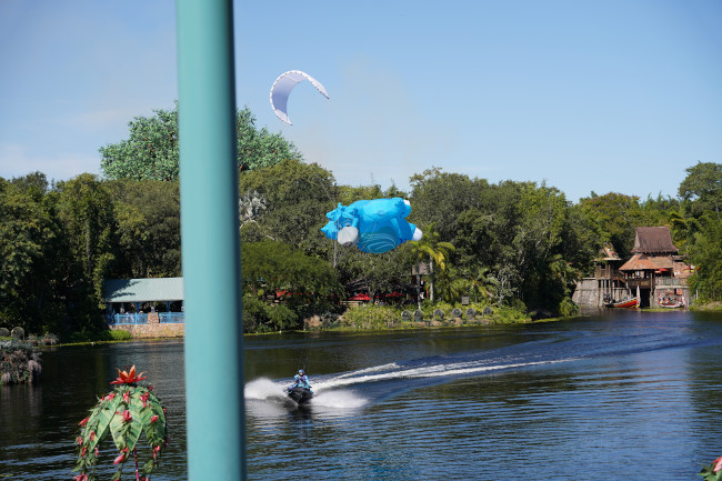 baloo-and-jet-skis_kitetails-review_shuster
