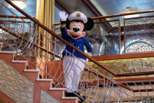 captain-mickey_disney-dream-captains_bill-ryan