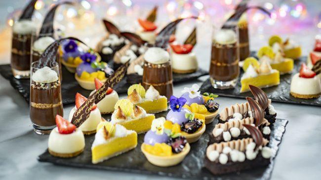 celebration-at-the-top-50th-flavors-and-fireworks-contemporary-resort-dessert-platter_disney-parks-blog