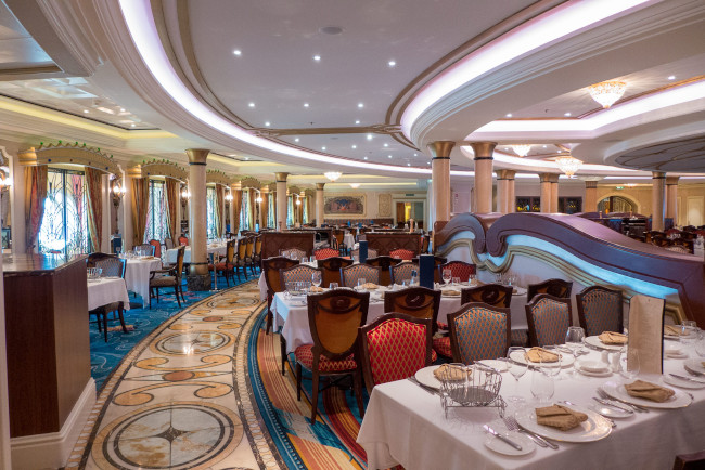 dining_disney-dream-cruise_jimmy-taylor